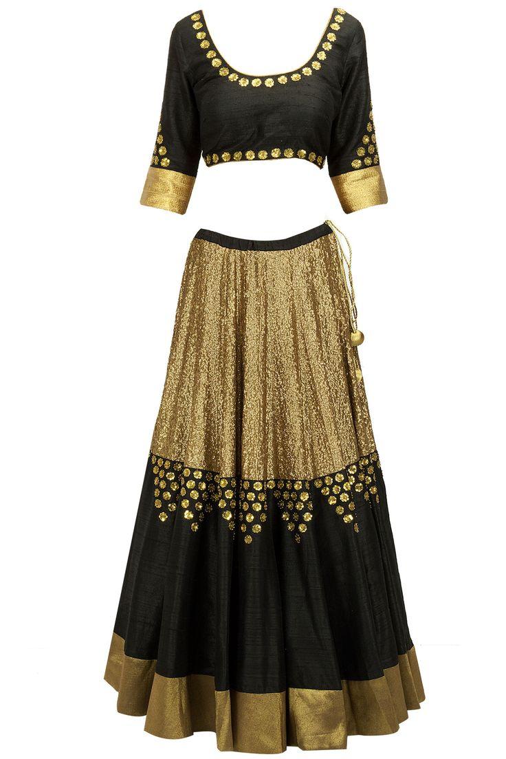 Black sequinned lehenga set BY PRIYAL PRAKASH at perniaspopupshop.com #perniaspopupshop #clothes #womensfashion #love #indiandesigner #sailex #happyshopping #sexy #chic #fabulous #PerniasPopUpShop #ethnic #indian