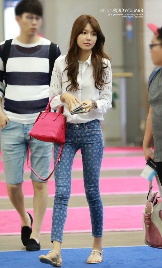 SNSD Airport Fashion Outfit Always Cute as well!