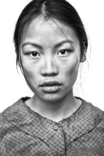 """""""Vietnamese Girl""""rom the Watchmen (2009) series by Clay Enos... Gorgeous!!!"""