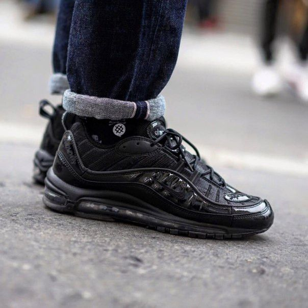 ba1f711212 Real 2018 SUPREME X Nike Air Max 98 Blackout On Feet | Unisex Nike ...