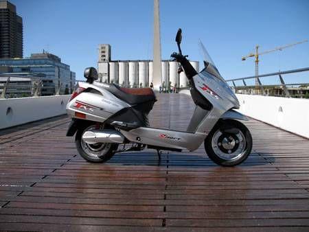 ¡Motocicletas en Alquiler publicadas en Vivavisos! http://alquilar-autos.vivavisos.com.ar/alquiler-autos+nunez/alquiler-de-scooters-electricos/31453335