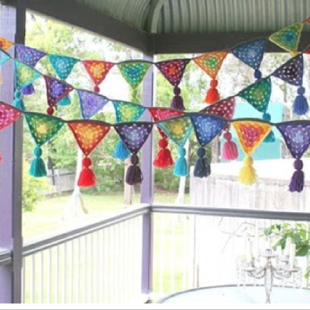 crocheted banner for the screen porch in progress. only 5 complete. O_o only only 27 to go. -.-