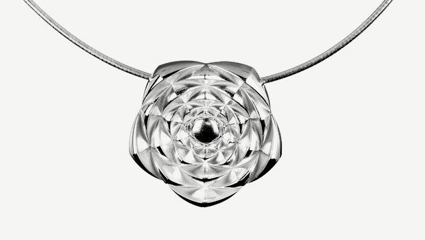 "Kristian Saarikorpi for Lumoava ~""Roosa"" sterling silver pendant. | Lumoava.fi"