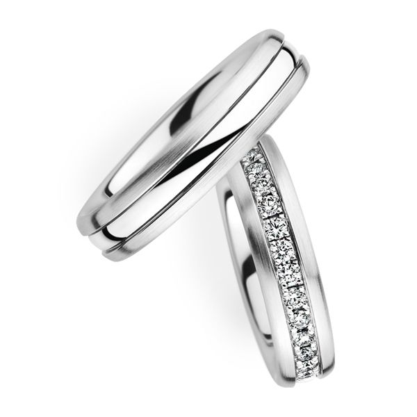 Lovely Couple Wedding Band with Diamond Available in Gold Palladium Platinum