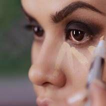 Aprende paso a paso a hacer un maquillaje de noche glamoroso con smokey eyes intenso y labios rojos. mytzi cervantes te enseña a hacerlo en este tutorial.