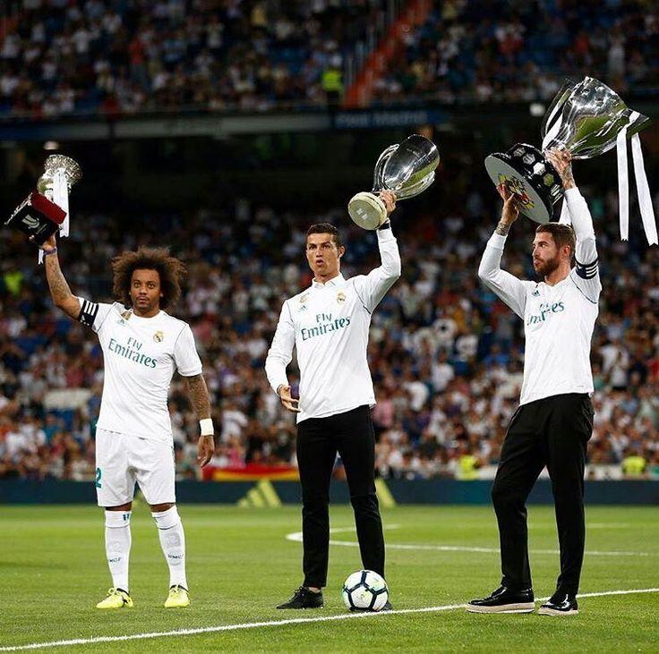 Cristiano, Sergio Ramos e Marcelo com a La liga, SuperCopa da Europa, e Champions League. Temporada 2016/2017