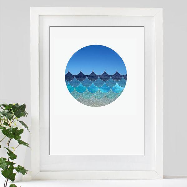 Large blue waves round THE MARKET NZ
