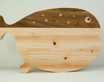 http://www.cnbhomes.com/wp-content/uploads/2014/11/deluxe-puffer-fish-cutting-board-aJiBN.jpg