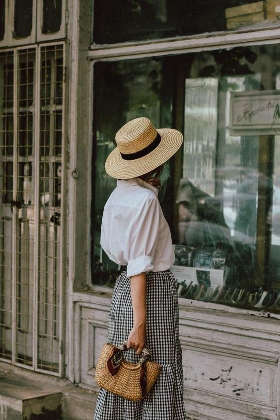 Timeless and Feminine Outfit: White Shirt & Gingham