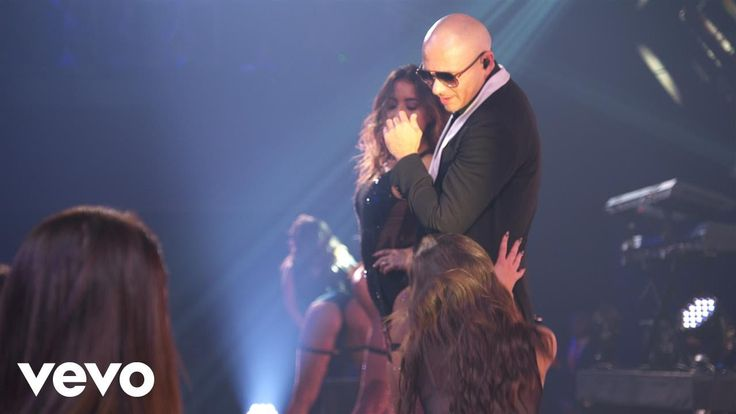 Pitbull - International Love (Live on the Honda Stage at the iHeartRadio...