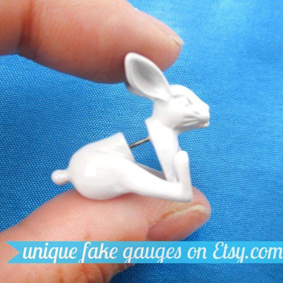 3D Realistic Bunny Rabbit Shaped Animal Fake Gauge Plug Earrings in White | Unique Faux Ear Piercings