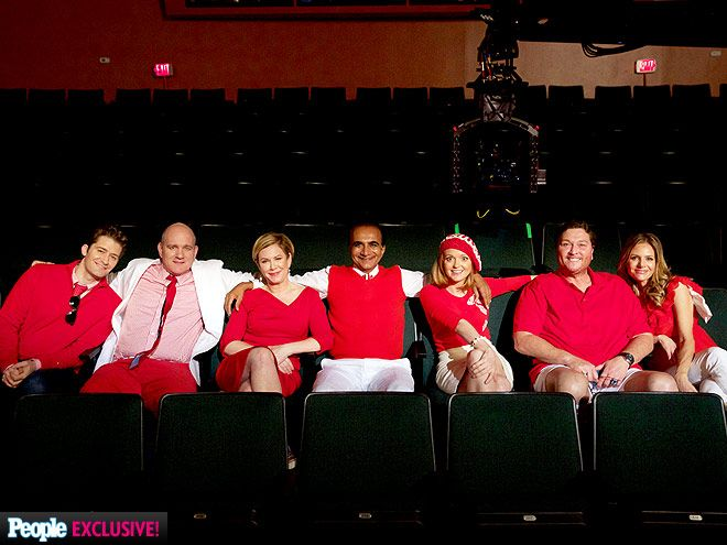 Matthew Morrison, Mike O'Malley, Romy Rosemont, Iqbal Theba, Jayma Mays, Dot-Marie Jones and Jessalyn Gilsing on the Glee set