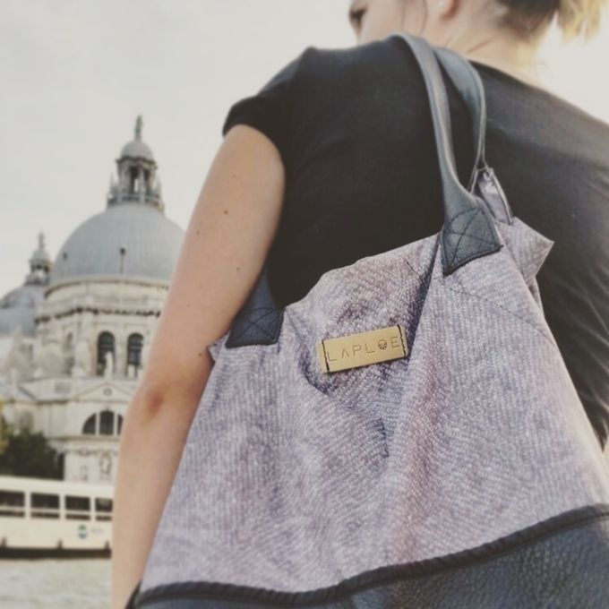 LAPLOE: from a ditched umbrella to a bag! by Elisa Barile and Michael Donadelli — Kickstarter