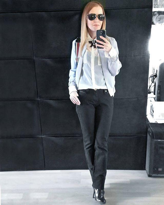 Hidden stripes 💈 . .  @gucci @drmartens @asos Emily the Strange stripes bomber outfit inspo outfitinspo ootd minimal