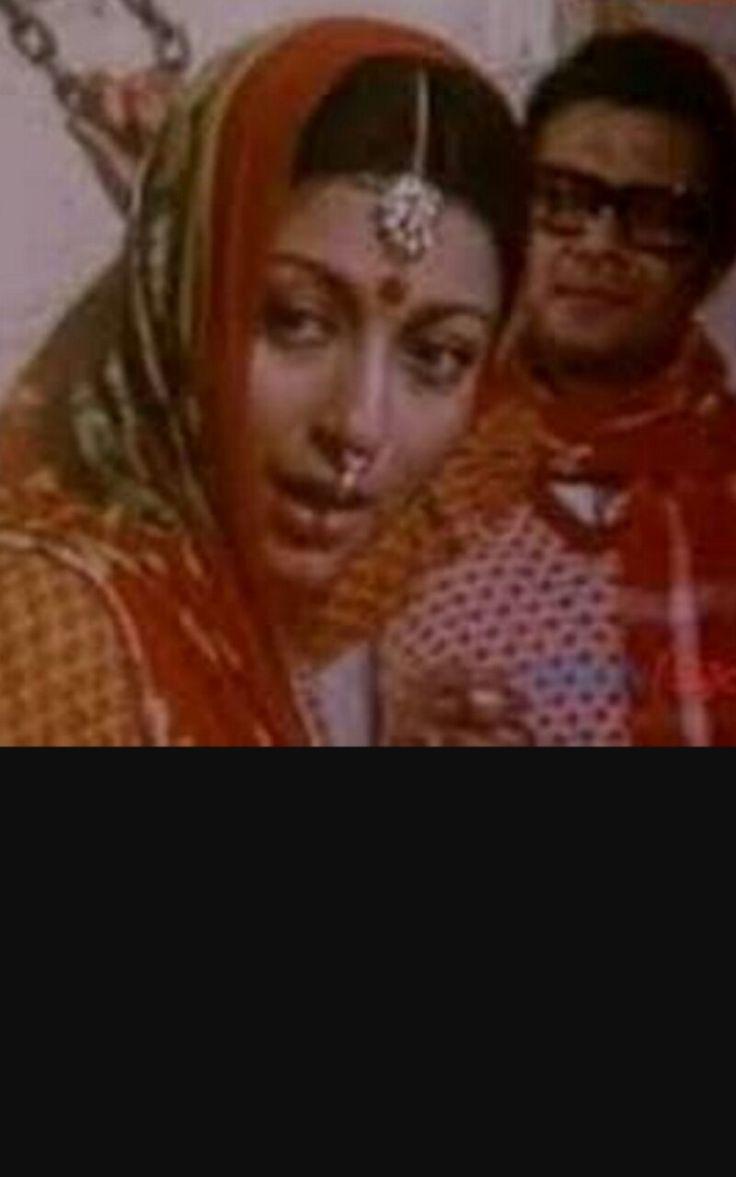 Aparna sen and Subhendu chatterjee in Amrit kumbher Sandhane