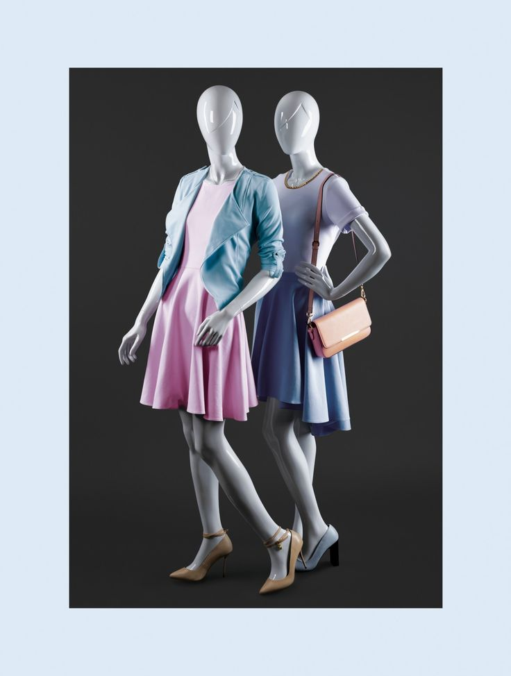 MISS MOLLY is a collection of young, dynamique female mannequins. Their distinctive feature is the frame of their head and sculpted hair line. #MoreMannequins #FemaleMannequin #boutique
