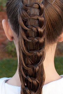 Princess Piggies has great DIY hair ideas.Hair Ideas, Little Girls, Hairstyles, Diy Hair, Long Hair, Braids, Knots, Hair Style, Girls Hair