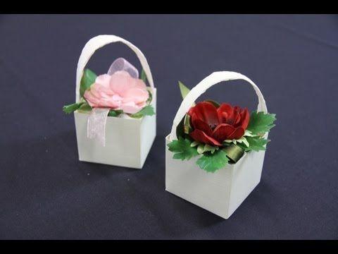 Fiori di carta fai da te - il cestino porta confetti