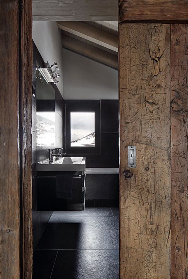 Wabi Sabi Decoracion ~ loving this Swiss ski chalet with it s mix of old and new wood and