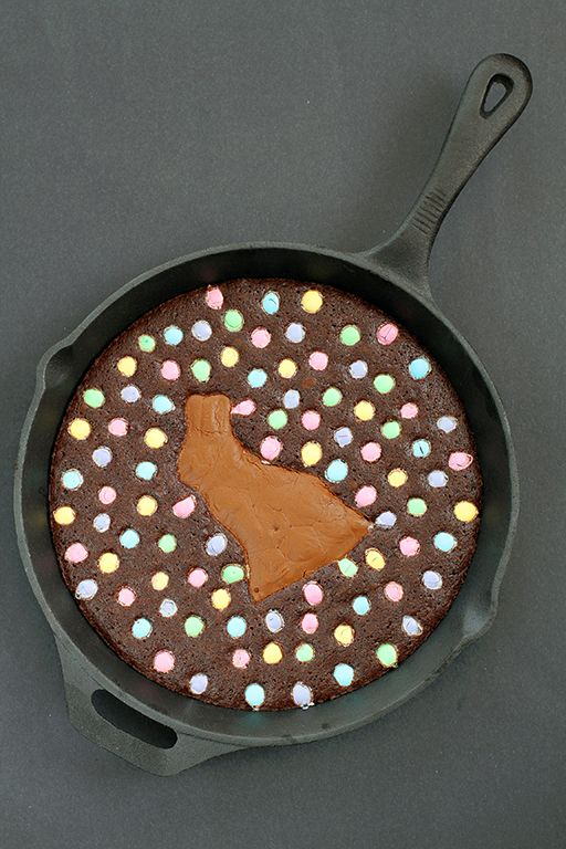 Easter Bunny Skillet Brownie. Chewy brownie with Chocolate bunny in the middle and cadbury easter eggs