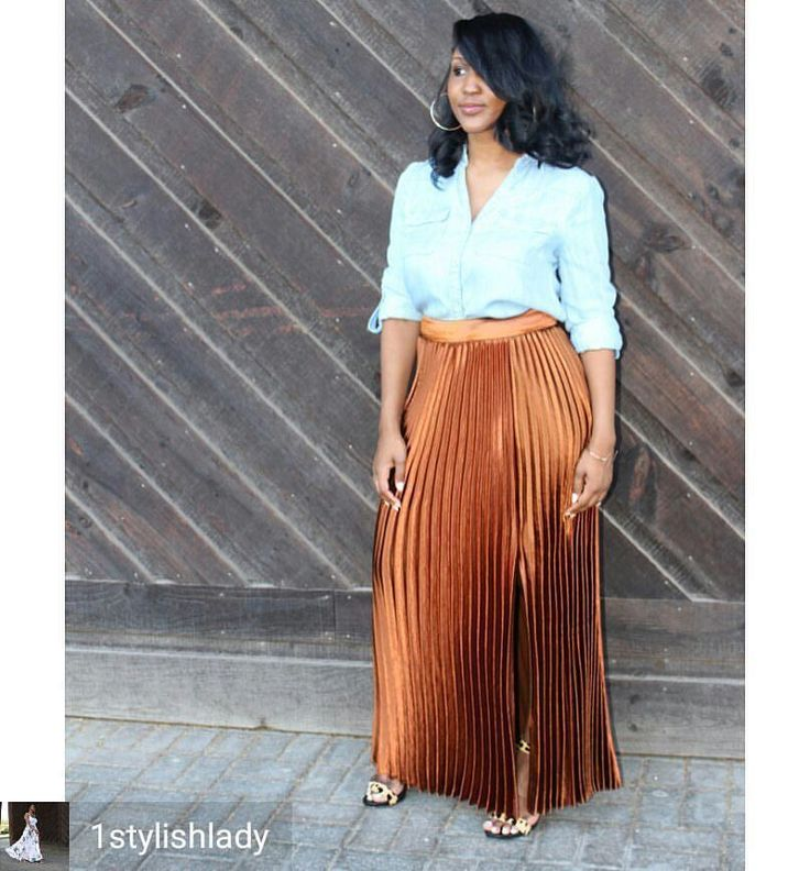 Credit to @1stylishlady : Did y'all watch the fight last night? I couldn't hang but heard it was better than expected… and they all ran off with their millions. Meanwhile I'm just over here looking at transitional pieces for the fall. 😊🍂This skirt is...