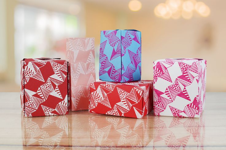 Gift boxes created using prints from the Screen Sensation + Triagonal screen