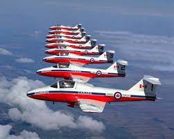 Snowbird formation de front a 9 avions