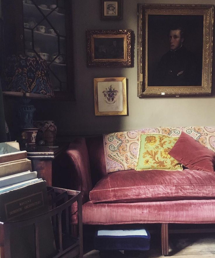 Corner of the sitting room. #interiors #sofa #velvet #antiques #interiordesign #frome #townhouse #georgian #regency #house #home #portrait #gilt #furniture #comfy #room #art #aesthetic #design #tradchap