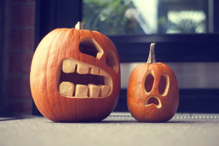 Another funny pumpkin carving idea