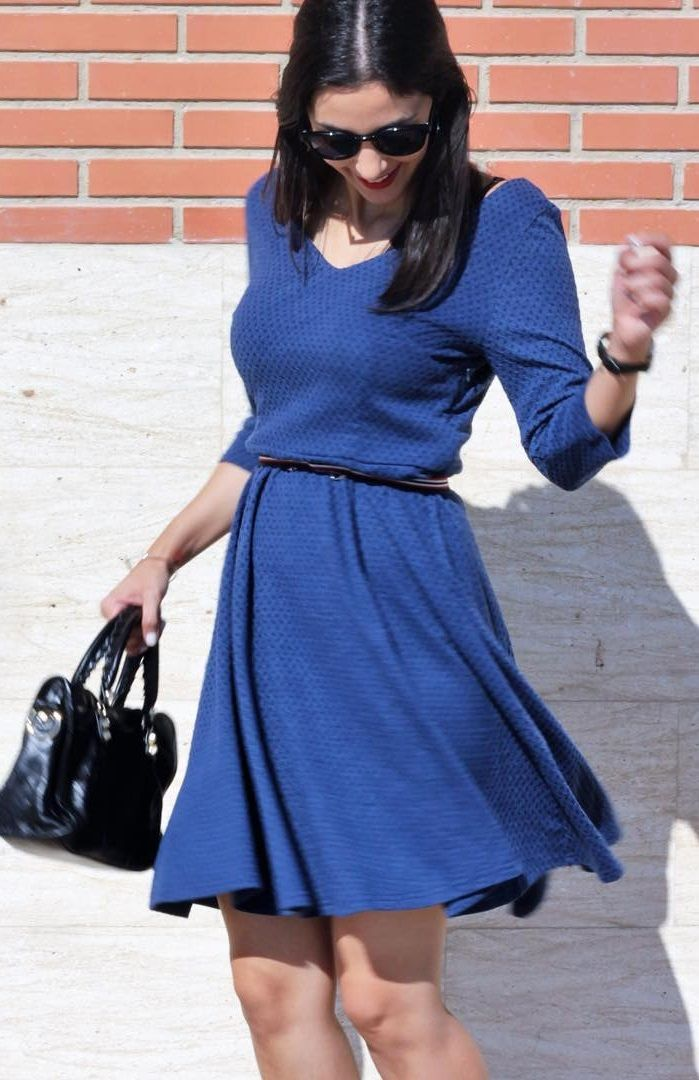 Arien Cilla looking so pretty in her navy geometric textured casual skater dress. #LBSDaily