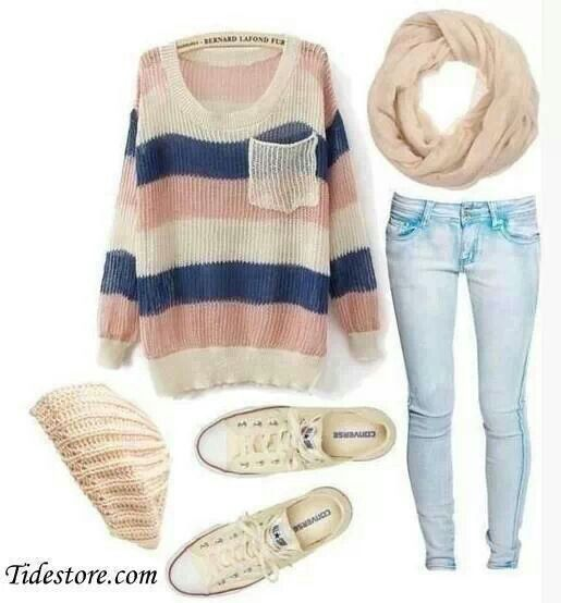 I really like this outfit, with the light wash jean and over sized sweater and don't forget the beanie. I don't think the sneakers would go though p, maybe some boot for the fall, anyway love this outfit.