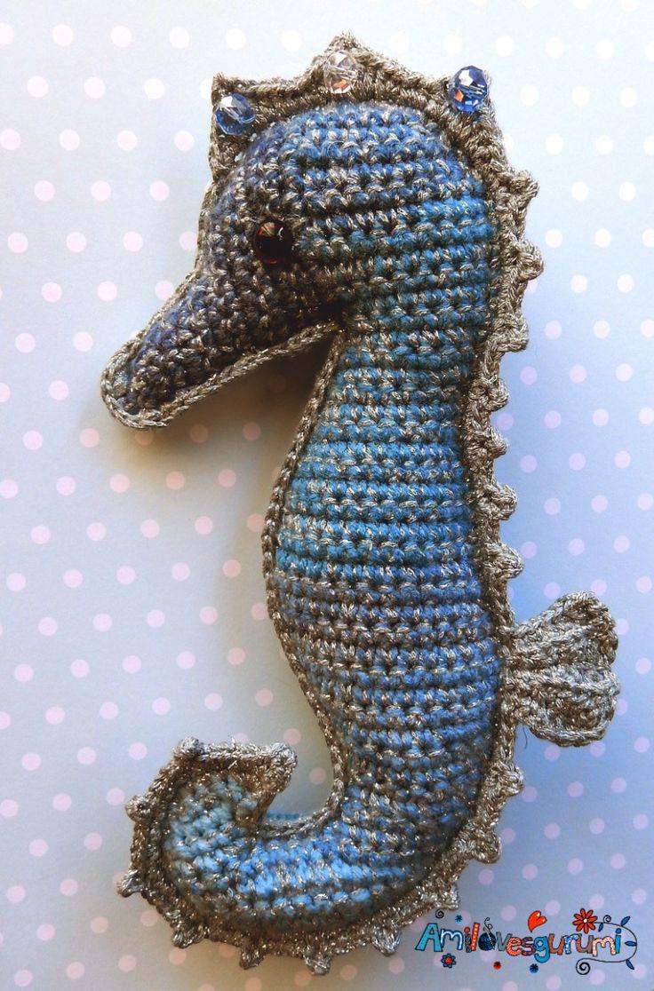 #haken, gratis patroon (Engels, Duits), lappenpop, zeepaardje, knuffel, speelgoed, zee, #haakpatroon, #crochet, free pattern, ragdoll seahorse, stuffed toy