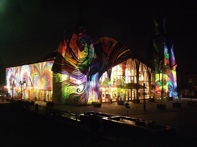Héttorony fesztivál - Night Projection fényfestés - Lendva  #héttoronyfesztivál #Lendva #Lendava #Makovecz #NightProjection #fényfestés #raypainting #visuals