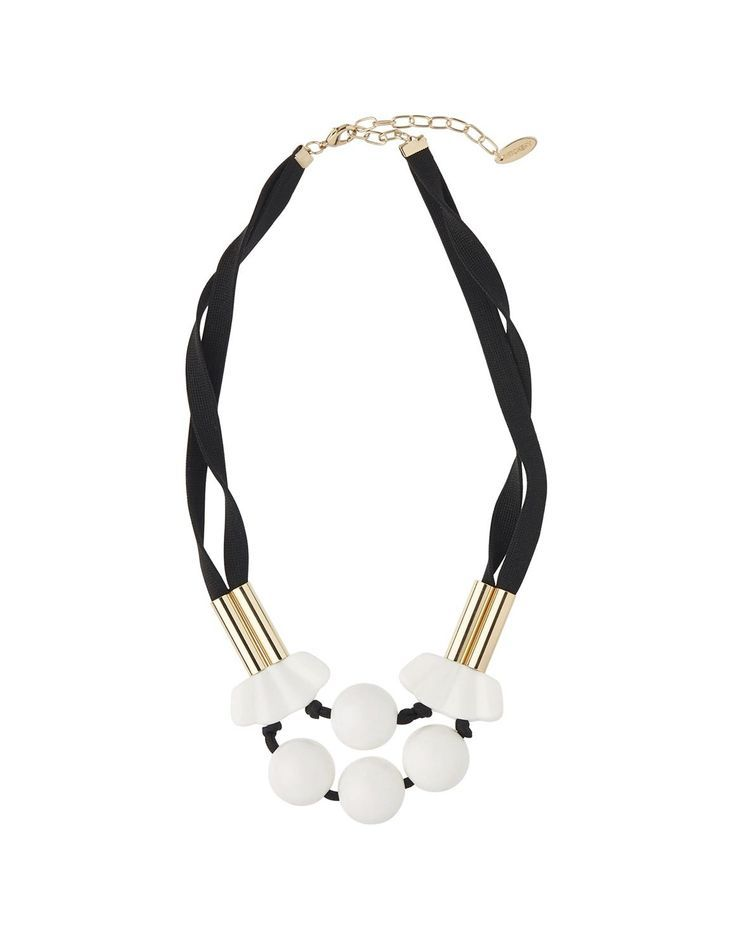 A stunning necklace to compliment her out fits