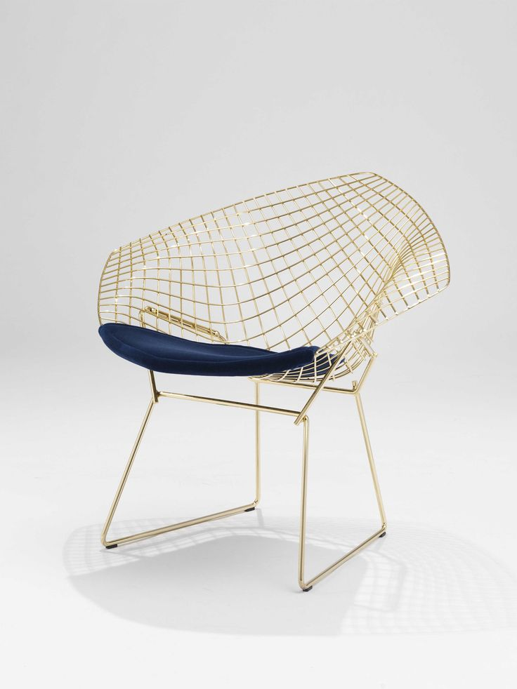 Diamond Chair in gold by Harry Bertoia for Knoll
