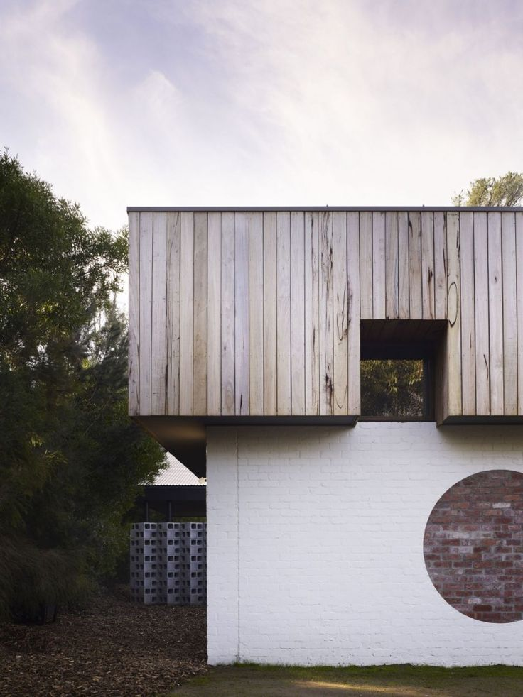 Merricks Beach House / Kennedy Nolan Architects ...nice idea to exposed some of the existing brick
