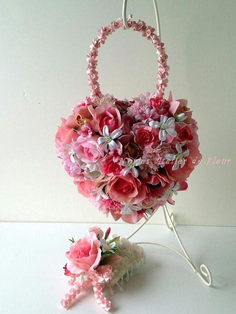 「Hearty」ハーティ ハート型のバッグ型ブーケ アーティフィシャルフラワー