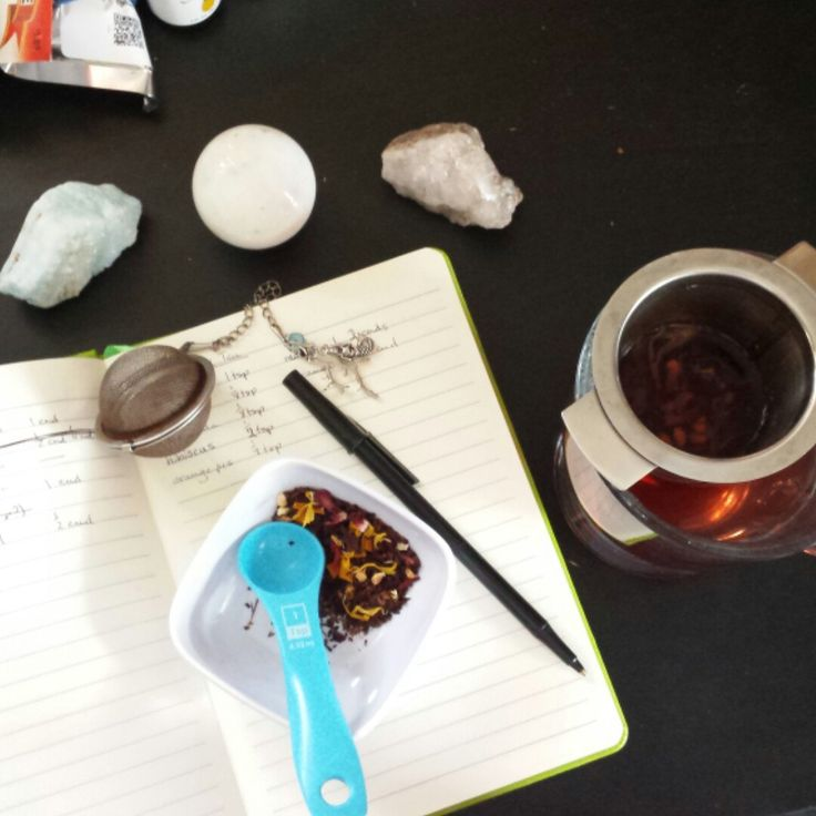 Working on some new summer blends... in the meantime, Hermes makes a fantastic iced tea! <3