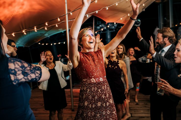 outdoor wedding venue squamish Getting to dance outside, no noise complaints because your on top of a mountain!