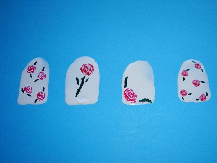 Cómo crear rosas flores en las uñas / How to create roses flowers on you...