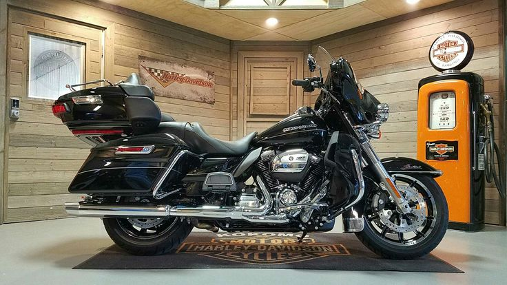 The best bike for road trips. Heated seat available to go with the heated grips. Perfect for a ride like today.