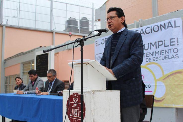 Carlos Estrada entregó trabajos de mejoramiento realizados en la Escuela Secundaria Técnica