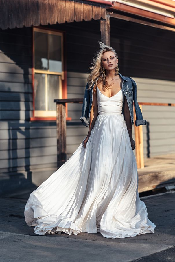BRIDAL GOWNS WITH A DIFFERENCE // #hellomay #hellomaymagazine #editorial #fashioneditorial #bridalfashion #fashion #bridaleditorial #different #alternative #bridalgown #weddingdress #australianbride #odylynetheceremony #odylynegown – nOname jAne