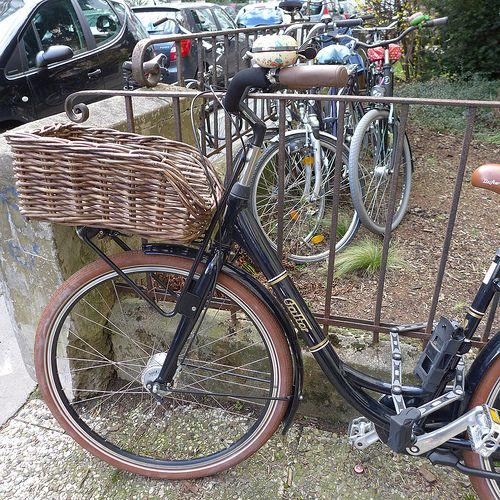 bicycle basket  Falter bicycle http://www.falter-bikes.de/