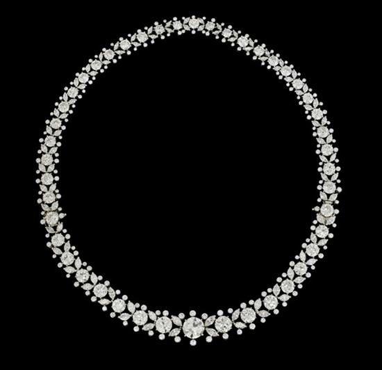 Magnificent Harry Winston diamond and platinum necklace-bracelet combination