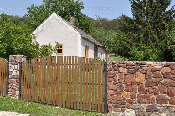 Kiadó családi ház, Balatonhenye, Kossuth utca, 230 000 Ft/hó, 90 m² #20239173