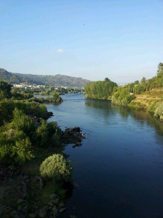 Río Miño en Orense, Galicia