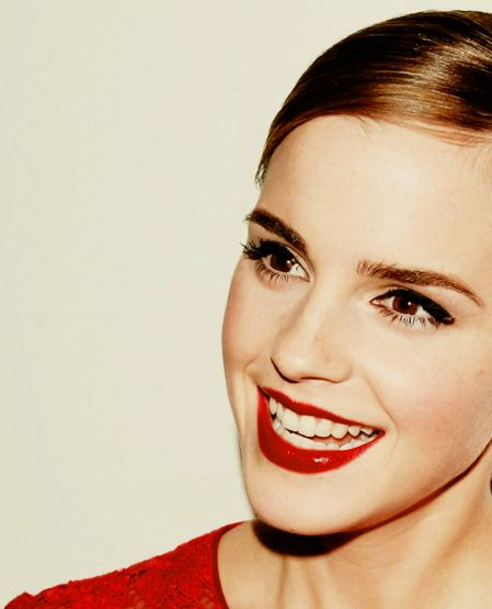 Perfect Red Lips - Emma Watson