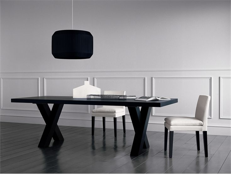tables images elegant black dining table andrea by casamilano digsdigs - Black Kitchen Tables