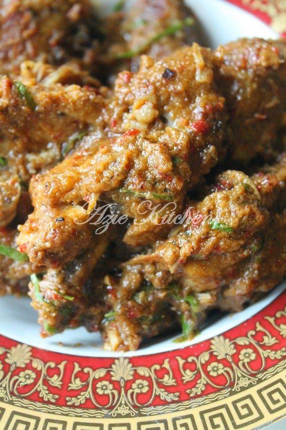 Azie Kitchen: Rendang Ayam Nur Qaseh